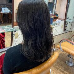暗髪女子 ロング なんちゃって黒染め ナチュラル ヘアスタイルや髪型の写真・画像