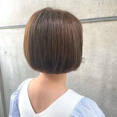 ミニボブ ナチュラル 切りっぱなしボブ ワンカールパーマ ヘアスタイルや髪型の写真・画像