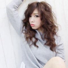 色気 春 ソバージュ モテ髪 ヘアスタイルや髪型の写真・画像