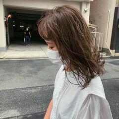 グレージュ ミルクティーグレージュ ナチュラル クリーミーカラー ヘアスタイルや髪型の写真・画像