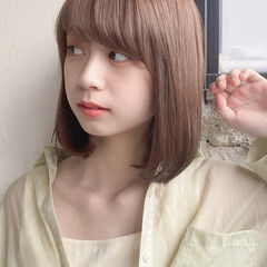 ミディアム ストレート ロブ ナチュラル ヘアスタイルや髪型の写真・画像
