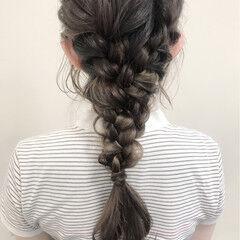 編み込み ヘアアレンジ ナチュラル ロング ヘアスタイルや髪型の写真・画像