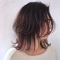 ボブ インナーカラー コンサバ メガネ ヘアスタイルや髪型の写真・画像