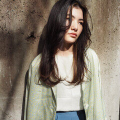 イルミナカラー モード 外国人風カラー ロング ヘアスタイルや髪型の写真・画像