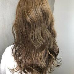 外国人風カラー ナチュラル アンニュイほつれヘア パーマ ヘアスタイルや髪型の写真・画像