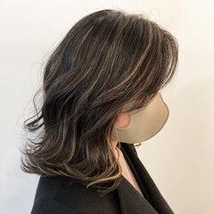 ハイライト コントラストハイライト ミディアム 地毛ハイライト ヘアスタイルや髪型の写真・画像