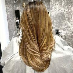 ストレート 外国人風 セミロング レイヤーカット ヘアスタイルや髪型の写真・画像