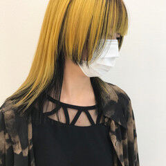 セミロング インナーカラー デザインカラー モード ヘアスタイルや髪型の写真・画像