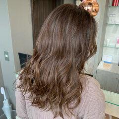 艶髪 ナチュラルブラウンカラー エレガント ロング ヘアスタイルや髪型の写真・画像