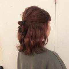 ミディアム ナチュラル ラズベリーピンク 透け感ヘア ヘアスタイルや髪型の写真・画像