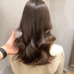 セミロング アディクシーカラー オルチャン オリーブベージュ ヘアスタイルや髪型の写真・画像