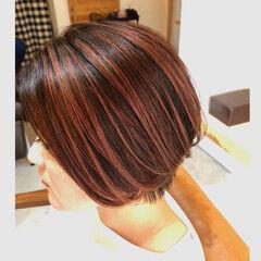 コントラストハイライト ハイライト レッドブラウン ショート ヘアスタイルや髪型の写真・画像