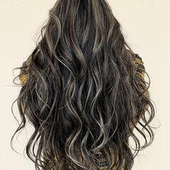 モード グラデーションカラー ハイライト エアータッチ ヘアスタイルや髪型の写真・画像
