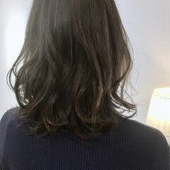 ミディアム 暗色カラー パーマ 大人可愛い ヘアスタイルや髪型の写真・画像