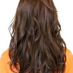 波巻き 無造作パーマ エレガント 大人可愛い ヘアスタイルや髪型の写真・画像