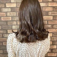 大人ミディアム ミディアム サロモ イルミナカラー ヘアスタイルや髪型の写真・画像
