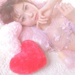 大人かわいい フェミニン 編みおろしヘア ロング ヘアスタイルや髪型の写真・画像