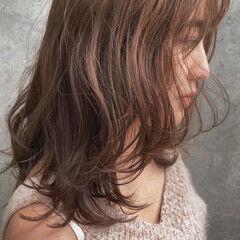 アンニュイほつれヘア ブリーチなし ミディアム ナチュラル ヘアスタイルや髪型の写真・画像