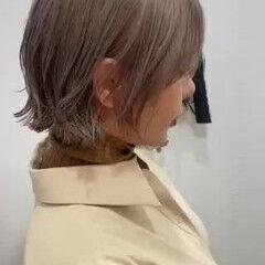 外ハネボブ ボブ アッシュグレー グレーアッシュ ヘアスタイルや髪型の写真・画像