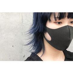 ミディアム ブルーブラック モード ウルフカット ヘアスタイルや髪型の写真・画像