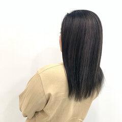 ストリート セミロング ホワイトグレージュ コントラストハイライト ヘアスタイルや髪型の写真・画像