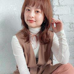 ナチュラル レイヤーカット レイヤーヘアー ミディアムレイヤー ヘアスタイルや髪型の写真・画像