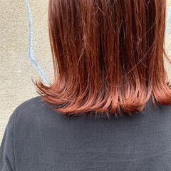 切りっぱなしボブ ミディアム ブラットオレンジ 暖色 ヘアスタイルや髪型の写真・画像