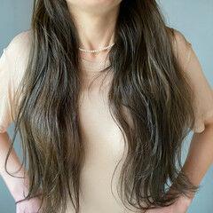 ナチュラル くすみカラー お洒落 ロング ヘアスタイルや髪型の写真・画像