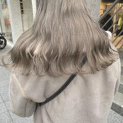 ダブルカラー ハイトーンカラー ブリーチカラー セミロング ヘアスタイルや髪型の写真・画像