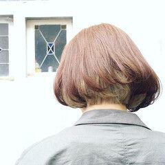 ナチュラル ボブ インナーカラー 大人女子 ヘアスタイルや髪型の写真・画像