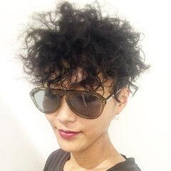 坊主 黒髪 外国人風 スパイラルパーマ ヘアスタイルや髪型の写真・画像