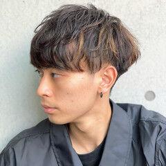 ショート スパイラルパーマ ナチュラル メンズマッシュ ヘアスタイルや髪型の写真・画像
