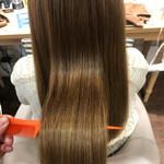 ツヤ髪 ストレート ロング 髪質改善トリートメント