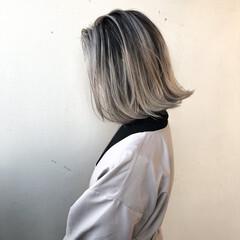 グラデーションカラー ダブルカラー ナチュラル バレイヤージュ ヘアスタイルや髪型の写真・画像