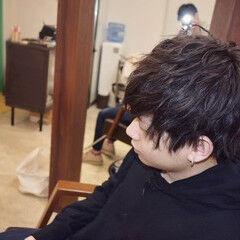 メンズ ツイスト ナチュラル メンズパーマ ヘアスタイルや髪型の写真・画像