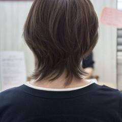 マッシュウルフ ナチュラル ウルフ女子 アッシュベージュ ヘアスタイルや髪型の写真・画像