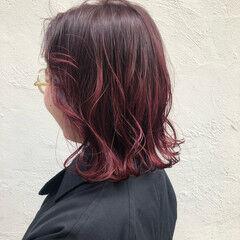 カシスレッド 赤髪 ハイトーンカラー ボブ ヘアスタイルや髪型の写真・画像