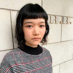 くせ毛 ベビーバング モード ショートバング ヘアスタイルや髪型の写真・画像