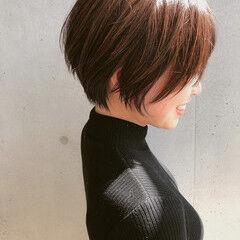 丸みショート ショート 切りっぱなしボブ ミニボブ ヘアスタイルや髪型の写真・画像