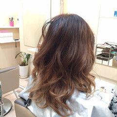 ガーリー パーマ カール セミロング ヘアスタイルや髪型の写真・画像