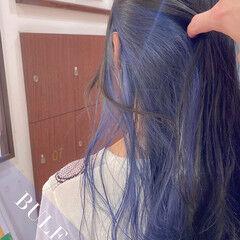 ロング ナチュラル インナーカラー 波巻き ヘアスタイルや髪型の写真・画像