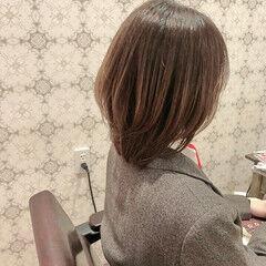 ボブ レイヤーカット ナチュラル スウィングレイヤー ヘアスタイルや髪型の写真・画像