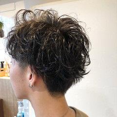 スパイラルパーマ ショート メンズ メンズヘア ヘアスタイルや髪型の写真・画像