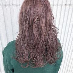 デート ラベンダー ゆるふわ ウェーブ ヘアスタイルや髪型の写真・画像