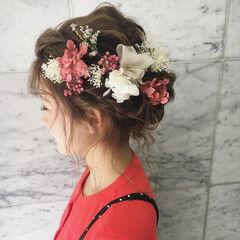 ヘアアレンジ ミディアム フェミニン 謝恩会 ヘアスタイルや髪型の写真・画像