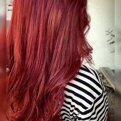 レッドカラー フェミニン チェリーレッド ヴァイオレット ヘアスタイルや髪型の写真・画像