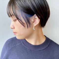 ストリート 丸みショート インナーカラー ショート ヘアスタイルや髪型の写真・画像