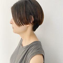 ナチュラル ハンサムショート クール ニュアンスヘア ヘアスタイルや髪型の写真・画像