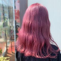 ブリーチ ピンクバイオレット ロング ピンク ヘアスタイルや髪型の写真・画像