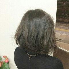 ウェーブ ゆるふわ ミディアム グラデーションカラー ヘアスタイルや髪型の写真・画像
